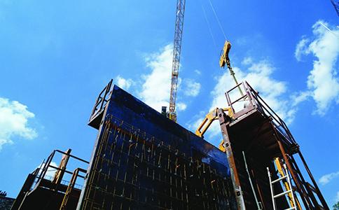 哪些因素会影响工程施工代办费用